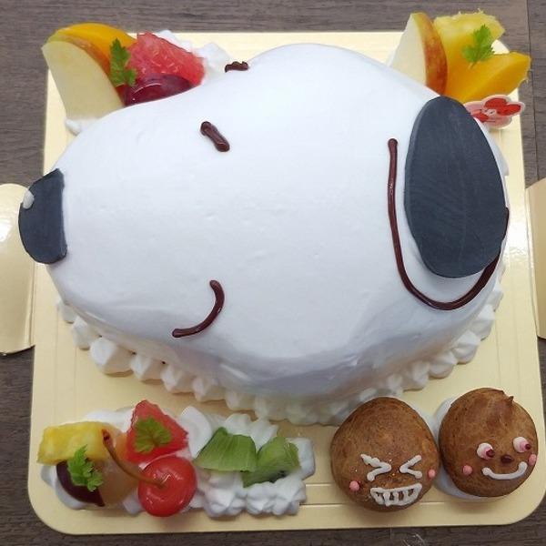 世界的犬の人気キャラクターケーキ