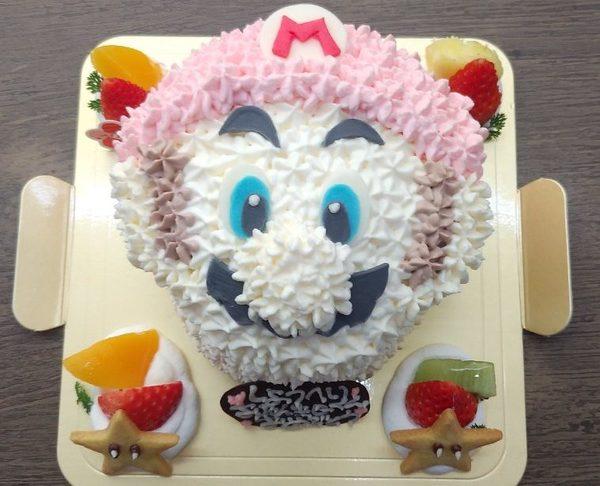 大人気ゲームのキャラクターケーキのサムネイル