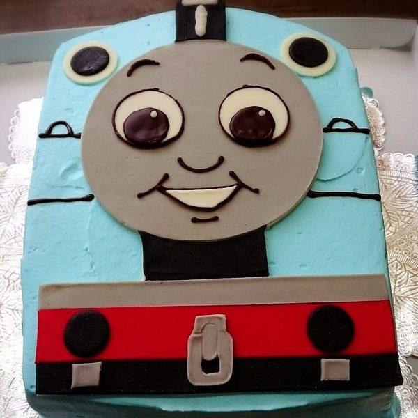 青い機関車ケーキ
