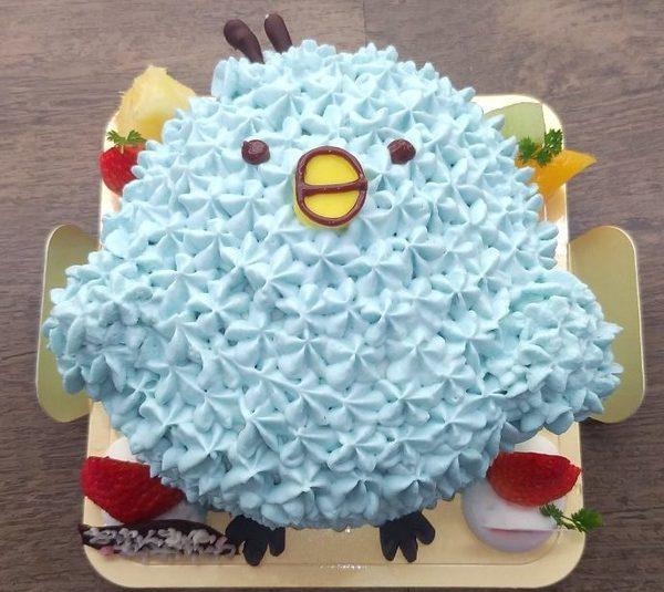 今人気のキャラクターケーキのサムネイル