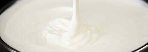 ロールケーキのクリームは作るのが難しい?美味しさの秘訣を徹底解説