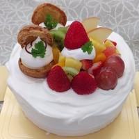生クリームケーキのサムネイル